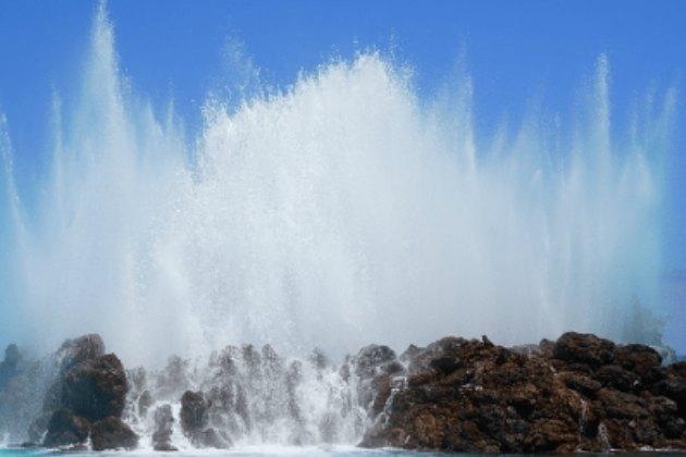 kafka real time streaming rdbms to hadoop waves crashing on rocks